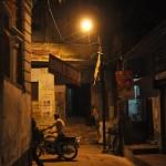 's Avonds in de straatjes van Varanasi, een stuk minder druk ..