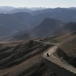 Wegen in Tibet met onze Defender