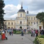 Bij het klooster in Serviy Posad (belangrijkste Russisch-Orthodoxe klooster ter wereld)