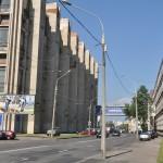 De standaard gebouwen hier in Minsk ...